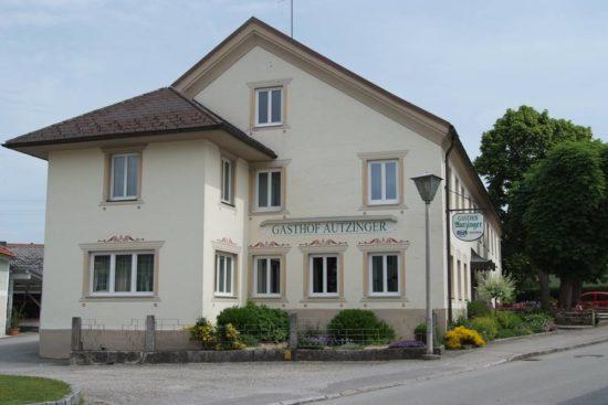 Restaurant Gasthof Gasthaus Autzinger Riedau Marktplatz